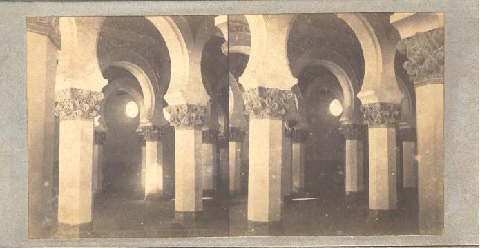 Sinagoga de Santa María la Blanca hacia 1858. Fotografía estereoscópica de Luis León Masson
