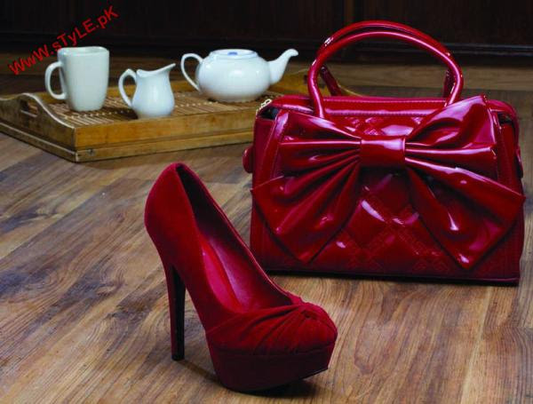 New Winter Arrivals For WOmen By Stylo 2012 001