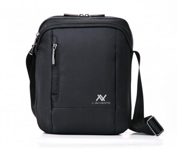 5d4fc34e435eb حقيبة شكلها العام من الخارج رائع للغاية ، متميزة وذات علامة تجارية باسم  برينش ، تتميز باللون الأسود ومصنوعة من القماش المقوى ، يوجد منها العديد من  المقاسات ...