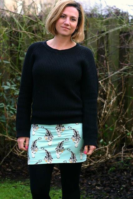 blue tiger skirt close
