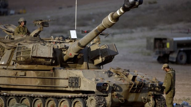 http://i.cbc.ca/1.2712437.1405825537!/fileImage/httpImage/image.jpg_gen/derivatives/16x9_620/gaza-conflict-israeli-tank.jpg