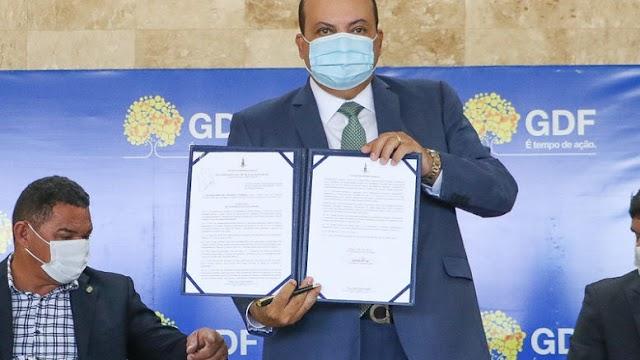 Governador Ibaneis sanciona lei que cria a Universidade do Distrito Federal