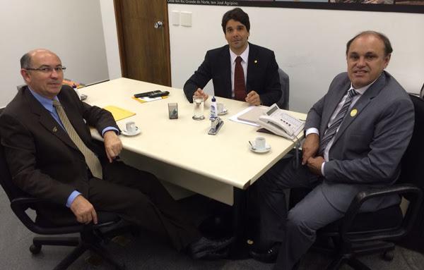 Felipe Maia recebe prefeitos
