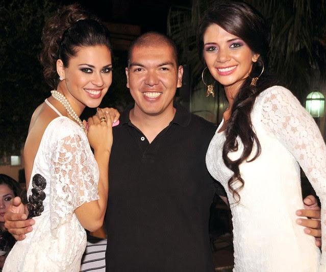 La Miss Bolivia Universo 2012, Yéssica Mouton (Derecha), el fotógrafo Marco Velasco y Anabel Angus (Izquierda)
