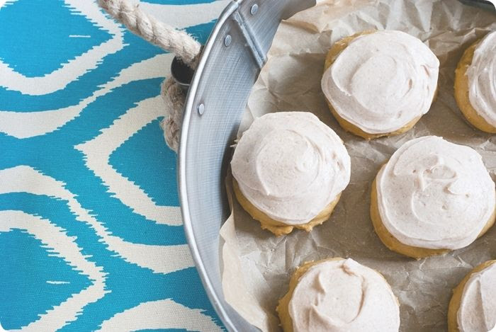 soft pumpkin cookies with cinnamon sugar frosting ... so heavenly! bring on the PUMPKIN!
