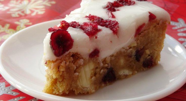 Starbucks Copycat Cranberry Bliss Bars Recipe | www.pinkrecipebox.com