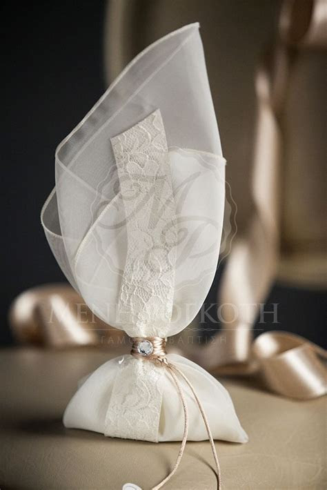 Elegant wedding bomboniere favor   Wedding Favors