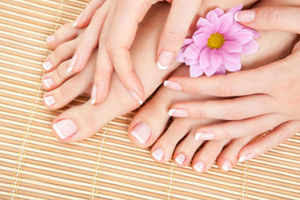 Pedicure tips for beautiful feet in summers