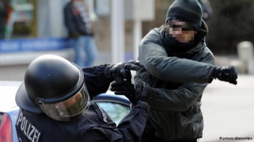 Ελληνίδα αστυνομικός καταγγέλλει