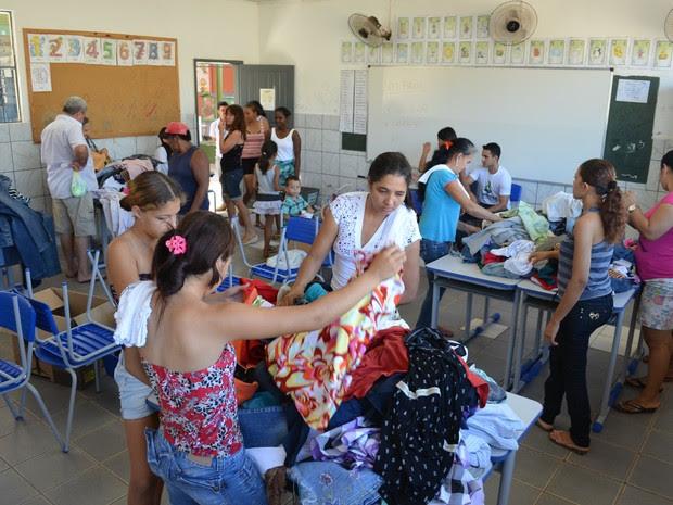 Feira foi realizada na Escola Estadual Beatriz Ferreira da Silva (Foto: Pâmela Fernandes/G1)