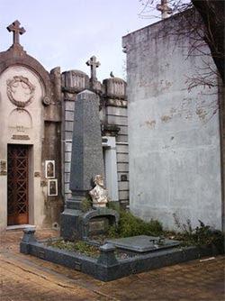 Tumba de Matías Behety en el cementerio de La Plata