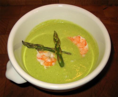 Crema fredda di piselli e asparagi con gamberi by fugzu