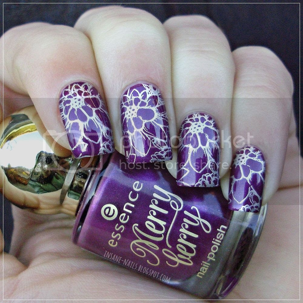 photo matching-manicures-purple-nails-5_zps63q820sn.jpg