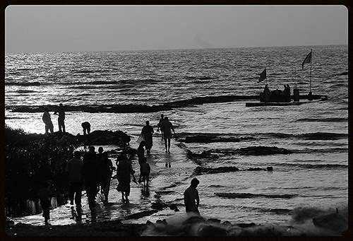Waterfront - Carter Road Bandra by firoze shakir photographerno1