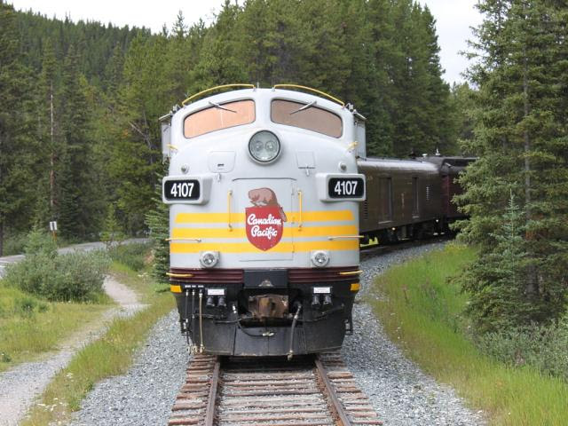 CP 4107 in Lake Louise
