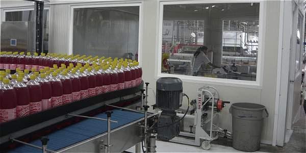 Uno de los temas controversiales promete ser el de las bebidas azucaradas. La Andi, gremio de empresarios, se opone.