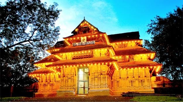 भारत के इन मंदिरों में मिलता है अजब गजब प्रसाद