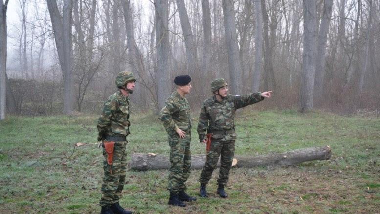 O Αρχηγός του Γενικού Επιτελείου Στρατού Αλκιβιάδης Στεφανής , κατά την επίσκεψή του σε μονάδες του Έβρου.  Φωτογραφία , Γενικό Επιτελείο Στρατού