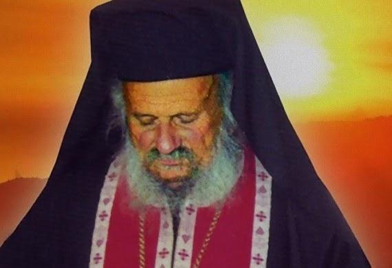 Ο Άγιος Παΐσιος είπε: «Εσείς εκεί στην Λάρισα έχετε έναν άγιο άνθρωπο, τον π. Σεραφείμ, αλλά κρύβεται σαν τον λαγό πίσω από τους θάμνους, ψάξτε λίγο και θα τον βρείτε»