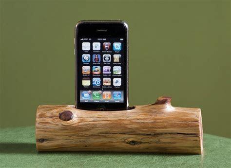 woodtec wooden log iphone ipod docking station