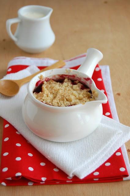 Cherry crumble / Crumble de cereja