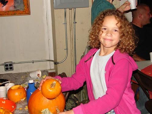 PumpkinCarving2008 149