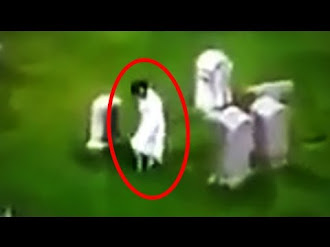 Fantasmas Captados en Cementerios / 13 Mysterious Graveyard Sightings Caught on Camera
