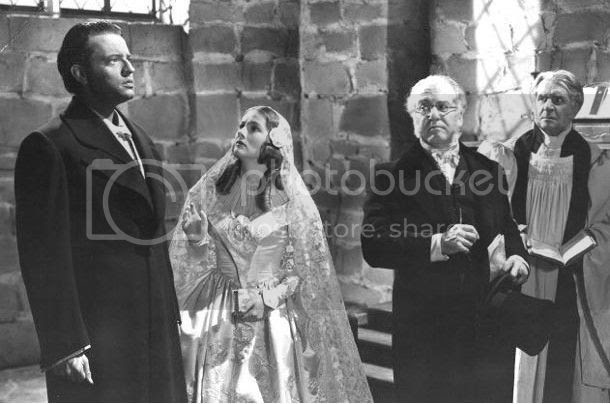 http://i683.photobucket.com/albums/vv199/cinemabecomesher/2012/03March-May/Orson-Welles-and-Joan-Fontaine-Jane-Eyre.jpg