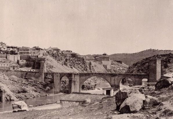 Puente de San Martín en 1897. Fotografía de Hauser y Menet