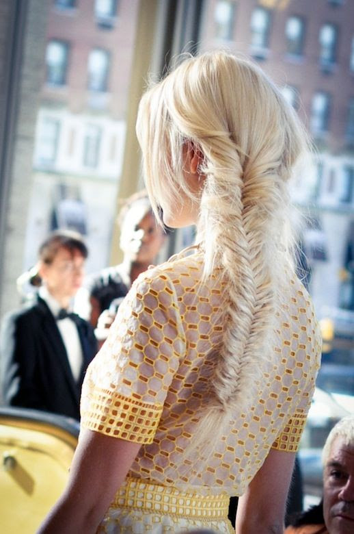 Le Fashion Blog -- 30 Inspiring Fishtail Braids -- Messy Braid Tory Birch Hair Style -- Via 9 To 5 Chic -- photo 12-Le-Fashion-Blog-30-Inspiring-Fishtail-Braids-Messy-Braid-Tory-Birch-Hair-Style-Via-9-To-5-Chic.jpg