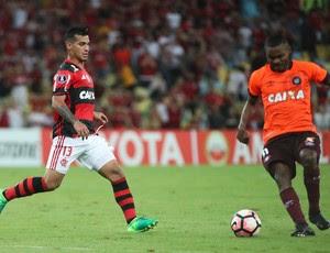 Trauco Flamengo x Atlético-PR (Foto: Gilvan de Souza/Flamengo)