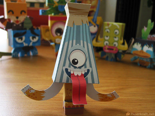Japanese Monster Papercrafts - Karakasa