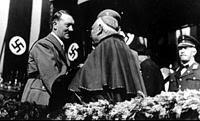 Χίτλερ και καρδινάλιος