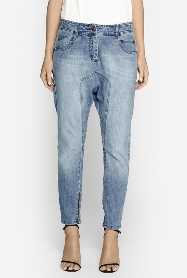 Le Fashion Blog Drop Crotch Pants Camilla and Marc Cache Light Wash Denim Jeans Thin Black Ankle Strap Sandals  photo Le-Fashion-Blog-Drop-Crotch-Pants-Camilla-and-Marc-Cache-Light-Wash-Denim-Jeans-Thin-Black-Ankle-Strap-Sandals.jpg