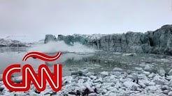 #Vídeo:  Turistas huyen ante ola gigante tras colapso de un glaciar