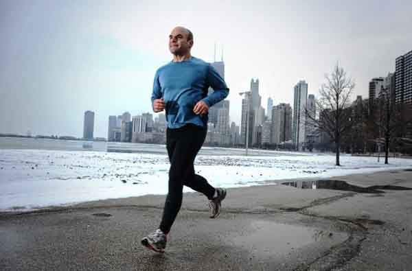 simple.wikipedia.org-Running_Man_Kyle_Cassidy-610x402