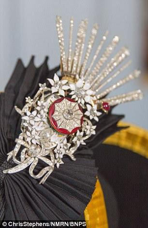 A replica of the jewel