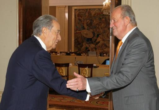 El entonces Rey Juan Carlos recibe a Juan Miguel Villar Mir (2014).