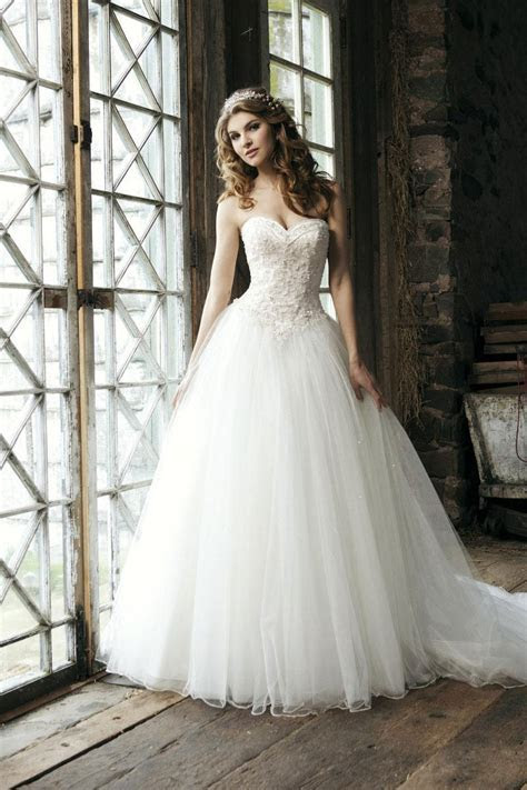 Bridal Beading Gown Tulle Exquisite Wedding Dress   Cheap