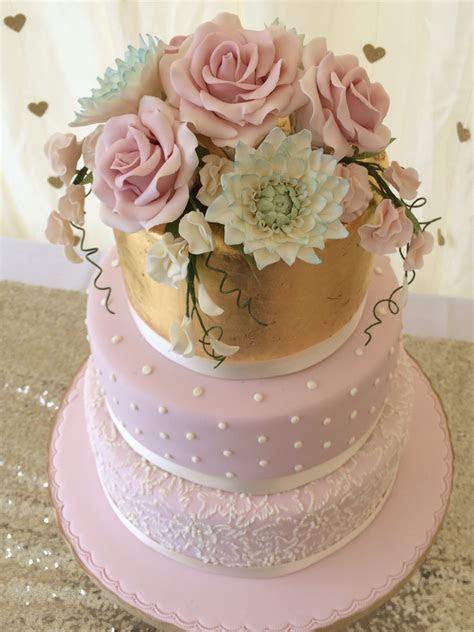 Wedding cakes, birthday cakes   I love that cake Co