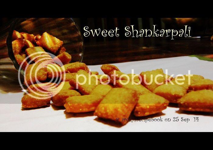 Sweet Shankarpali