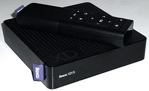 English: Photograph of Roku XDS player with re...