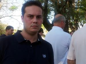 Publicitário Gabriel Lalli comprou o apartamento no Parque Jambeiro e pariticipou em outros cinco protestos (Foto: Anaísa Catucci/ G1)