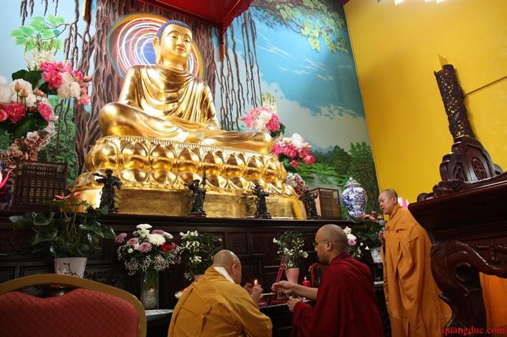 Duc Karmapa vieng tham Chua Khanh Anh (56)