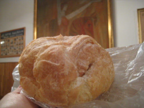 Making our way through Esther's list of recommended pastries (cukraszda) - Turo taska