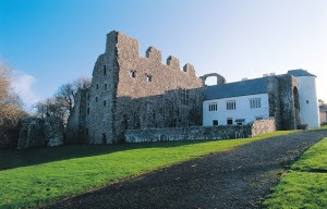 (cadw.wales.gov.uk)