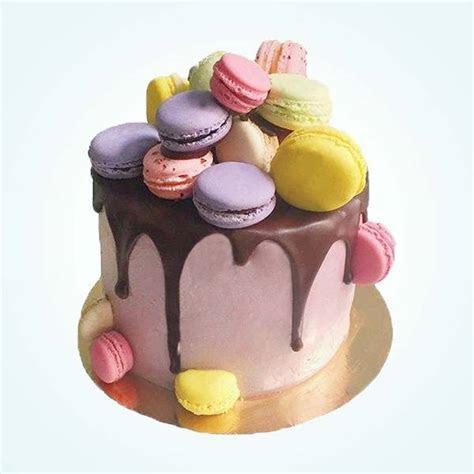 Purple & Lavender Cakes Delivered In London