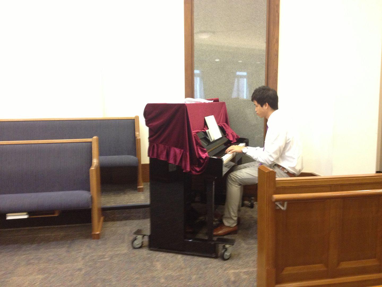 Maroon Velvet Piano Cover photo 2013-09-29104540_zpsf16dbd60.jpg