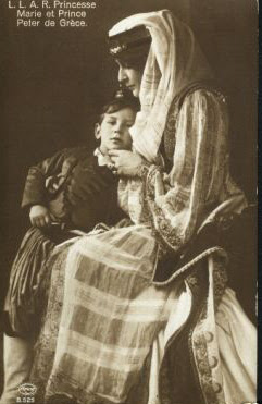 Η Μαρία Βοναπάρτη με τον γιό της Πέτρο