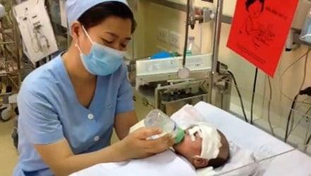 Hình ảnh Người phụ nữ đâm dao xuyên não bé 11 ngày tuổi bị tâm thần số 1